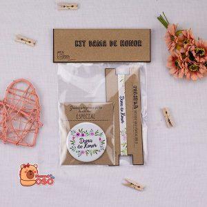 Mini kit dama de honor flores violeta